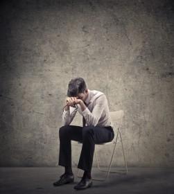 Wenn die psychische Erkranken eines Elternteils zur Belastung wird, sollte sich das Kind möglichst frühzeitig psychologische Unterstützung holen.
