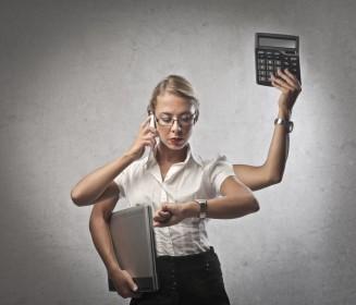 Zu viele Dinge gleichzeitig erledigen zu wollen verursacht Stress und kann zu schwerwiegenden Konzentrationsstörungen führen.